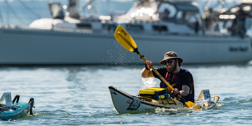 Menno Sennesael kayaking in the race